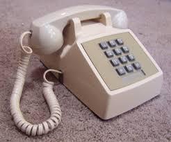 Nagygombos telefon időseknek és gyengén látóknak